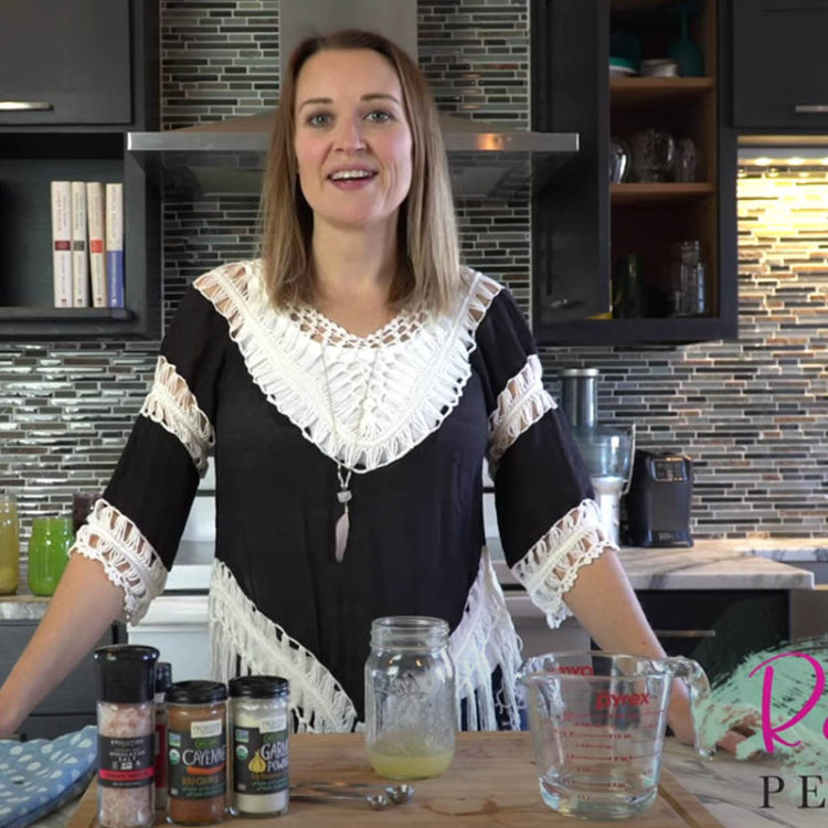 How to Make Medical Medium Friendly Fat-Free Salad Dressing {Video}